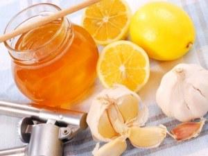 Смесь чеснока и меда с лемоном для лечения синусовой брадикардии