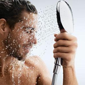 Контрастный душ и его польза при варикозе