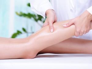 Выполнение массажа при варикозе